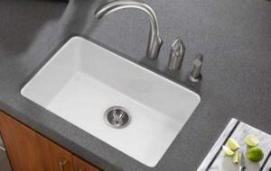 Fireclay vs stainless steel sink